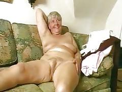 huge dildo porn clips